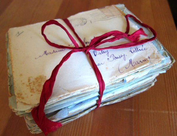 Lettres envoyées par mon grand-père pendant la Seconde Guerre Mondiale