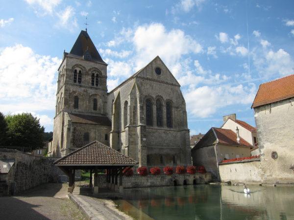 Le puits Saint Martin et le lavoir