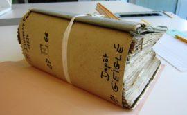 Liasse d'archives d'un notaire de Commercy