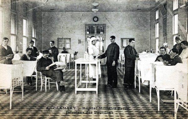 Intérieur d'un hôpital militaire pendant la Grande Guerre